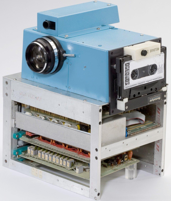 20150811-lens-sasson-slide-QS7V-superJumbo