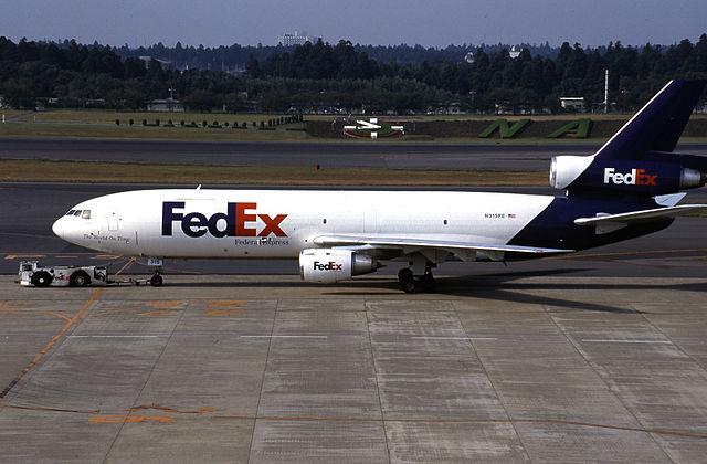 640px-Federal_Express_DC-10-30F(AF)(N315FE_48313_443)_(3975571755)