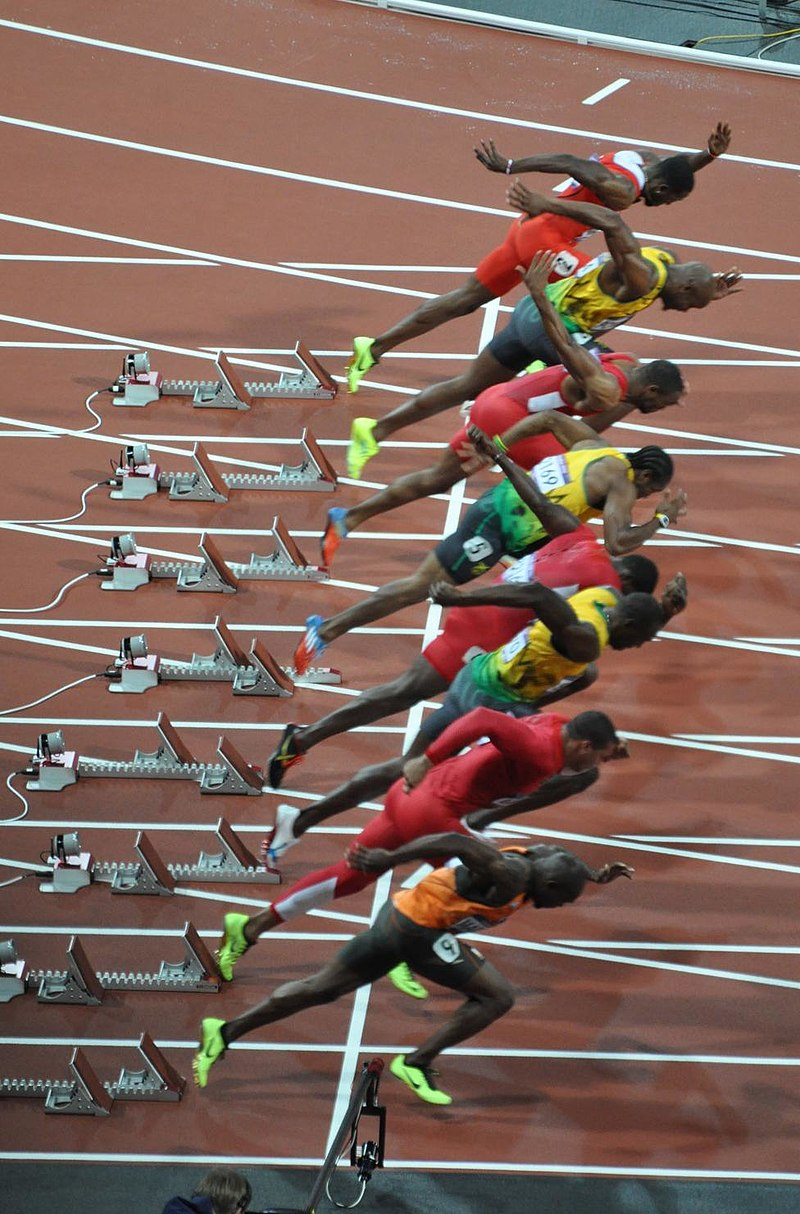 800px-London_2012_Olympic_100m_final_start
