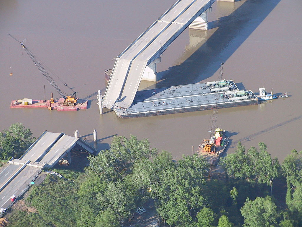 I40_Bridge_disaster