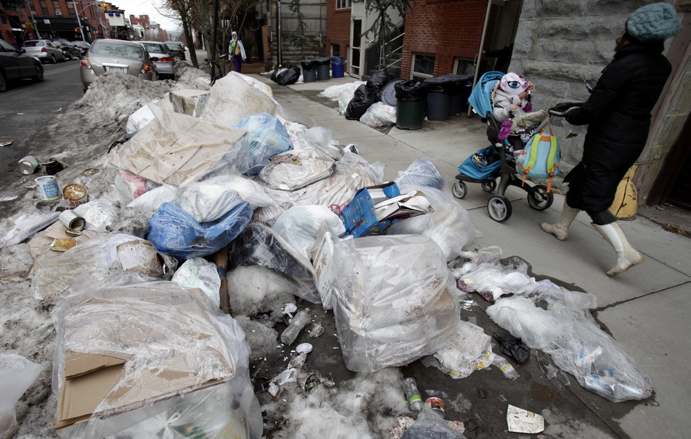 Image: Trash on the curb in NYC