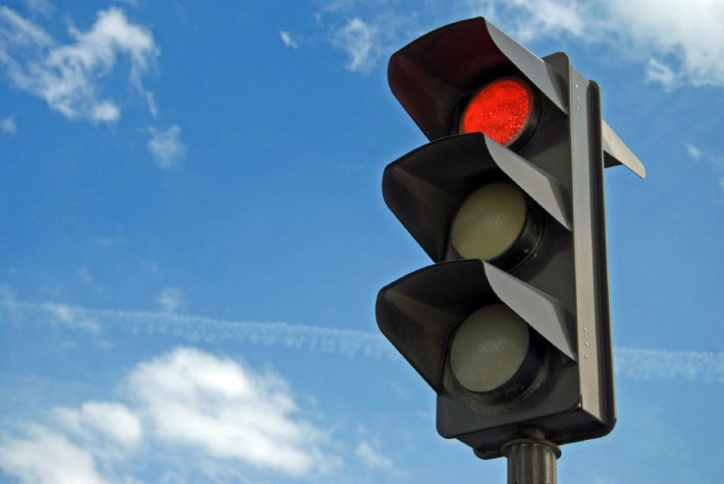 red-light.jpg.size.custom.crop.1086x725